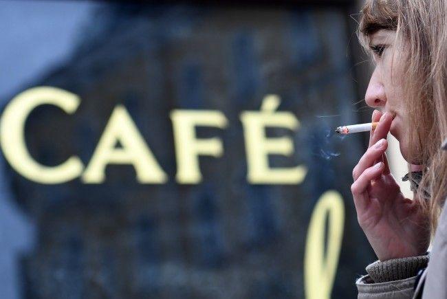 Auch die Mehrheit der Raucher ist für die Umsetzung des Verbots in Österreich.