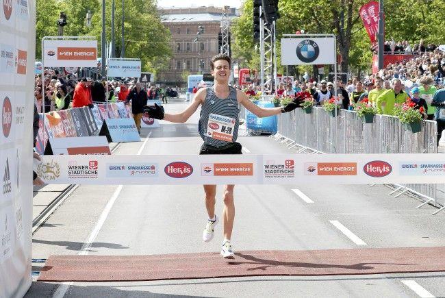 Valentin Pfeil erreichte beim Vienna City Marathon seine persönliche Bestzeit