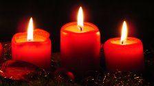 Christbaum und Advent-kranz als Brandrisiko