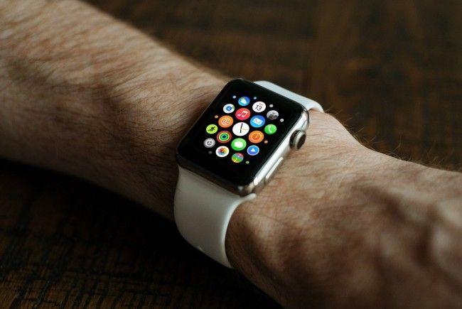 Smart Watch und Co. sind zu Weihnachten beliebte Geschenke
