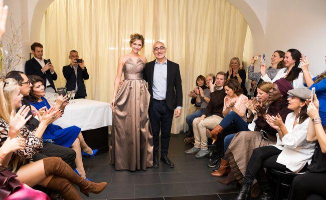 Der italienische Designer Maurizio Giambra lud zum Weihnachtscocktail.