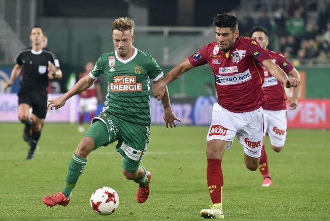LIVE-Ticker zum Spiel SKN St. Pölten gegen Rapid Wien ab 18.30 Uhr.