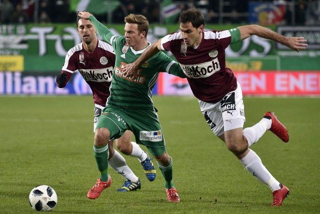 Rapid Wien und SV Mattersburg lieferten sich ein turbulenten Bundesliga-Match.