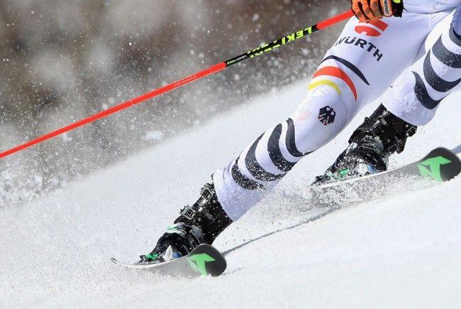 Das deutsche Ski-Talent Max Burkhart (17) starb einen Tag nach einem Trainingssturz in Kanada.