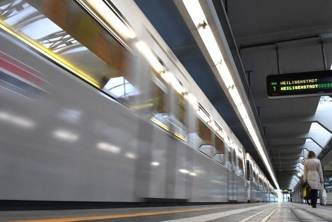 Mädchen soll die Angst beim U-Bahn-Fahren genommen werden.