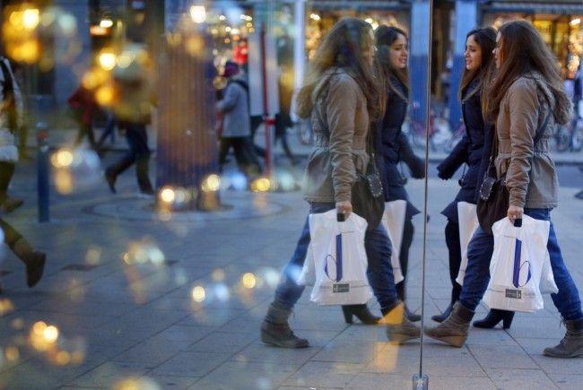 Der heimishce Handel ist derzeit zufrieden mit dem Weihnachtsgeschäft.