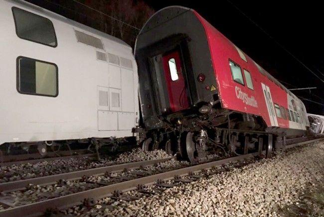 Am Freitagabend kollidierten zwei Züge im Bahnhof Kritzendorf in Klosterneuburg