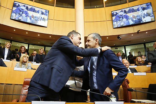 Simeoni und Talamoni beglückwünschen einander