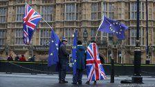 Tusk und Juncker bieten Briten Verbleib in EU an