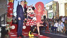 """Minnie Maus erhielt Stern am """"Walk of Fame"""""""
