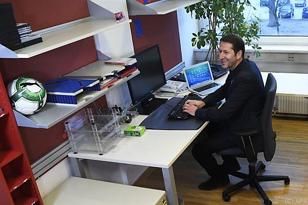 Neo-Teamchef Foda in seinem neuen Büro