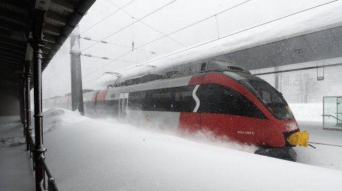 Wegen Lawinengefahr gesperrte Arlbergstrecke wieder offen