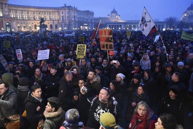 Über 20.000 Demonstranten beteiligten sich laut Polizei auf der Demo