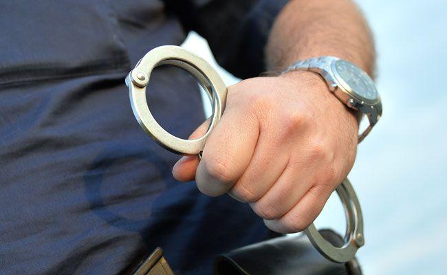 Die Polizei nahm den mutmaßlichen Dieb fest.