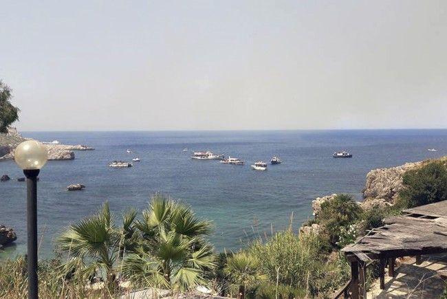 Touristin an Amalfiküste von Welle mitgerissen und getötet