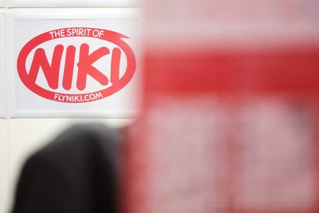 Norbert Hofer (FPÖ) verspricht den Niki-Mitarbeitern die vollste Unterstützung der Regierung.