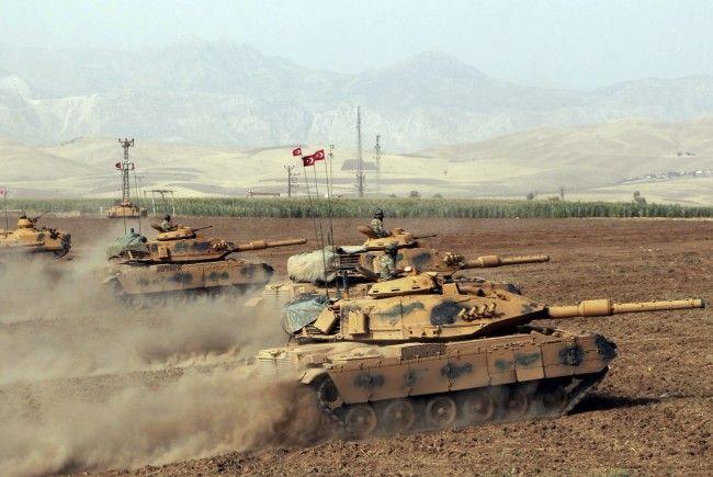 Soldaten überschritten die Grenze noch nicht.