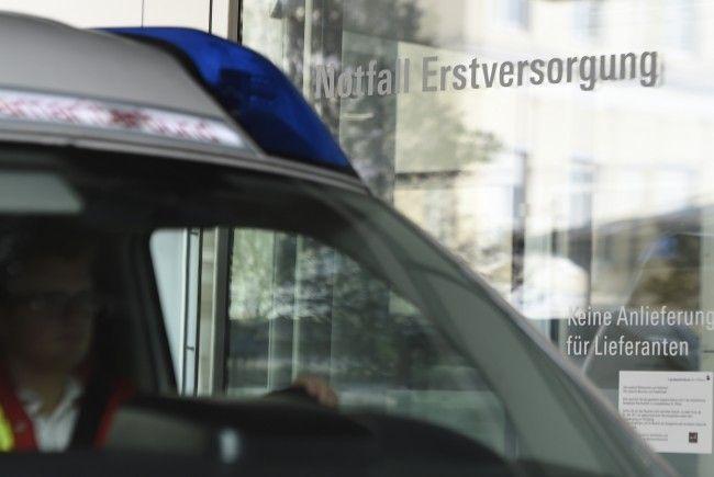 Ein 59-Jähriger wurde bei einem Rodelunfall schwer verletzt