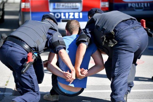 Der Mann wurde festgenommen.
