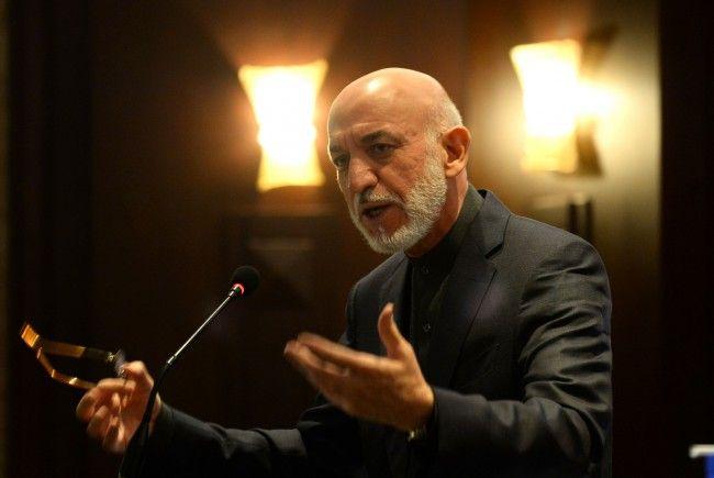 Ex-Prädsident Hamid Karzai ist nicht zufrieden mit dem Auftreten seiner Landsleute im Ausland.