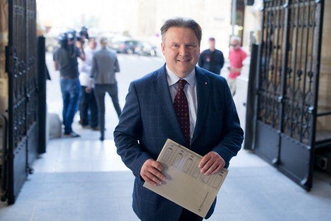 Auch Bürgermeisterkandidat Michael Ludwig sprach sich für eine Wartefrist bei Sozialleistungen aus.