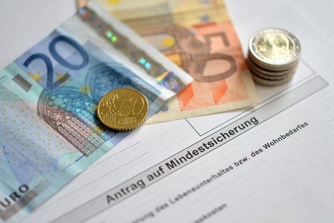 Nach dem Allzeit-Hoch zu Jahresbeginn ging die Zahl der Mindestsicherungsbezieher in Wien wieder zurück.