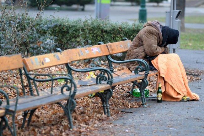 Für Obdachlose in Wien ist die kalte Jahreszeit besonders hart. Die Stadt stellt daher 1.200 Schlafstellen zur Verfügung.
