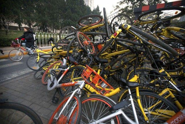 """Die Leihräder von """"Ofo"""" und """"Obike"""" sorgen in vielen Städten für Probleme."""
