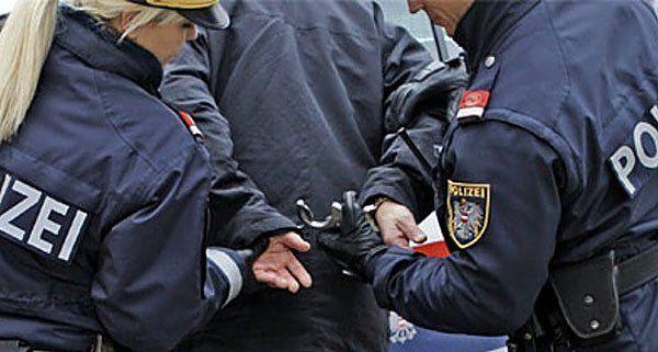 Der 41-Jährige wütete in Wien-Neubau und wurde angezeigt.