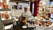 Das Wiener Sacher-Eck feiert Neueröffnung