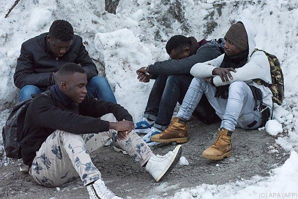 Ärzte ohne Grenzen berichtet von Gewalt gegen Migranten