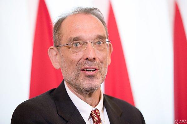 Bildungsminister Heinz Faßmann vertritt Österreich