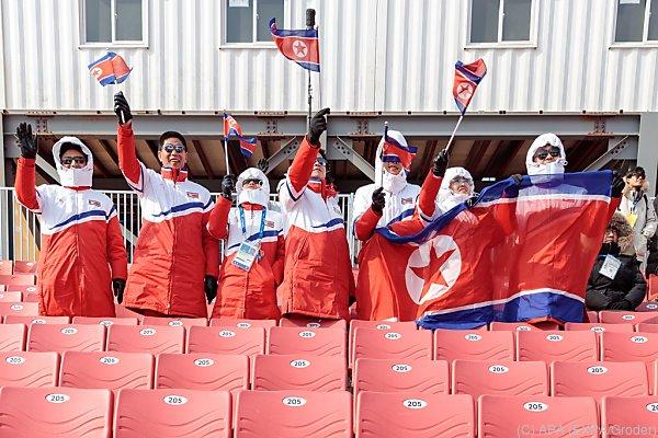 Hoher Besuch aus Nordkorea ist am Weg zu den Fans in Südkorea