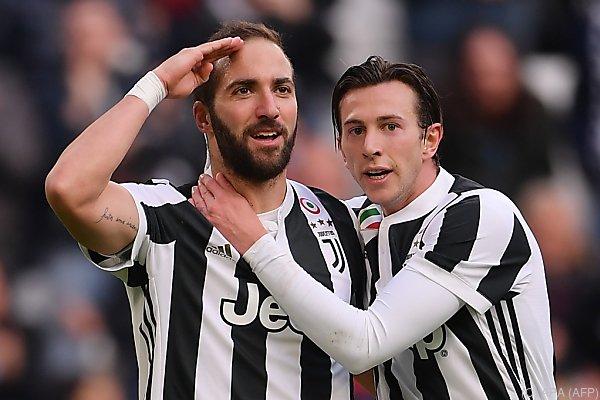 Hattrick von Gonzalo Higuain beim 7:0 von Juventus gegen Sassuolo