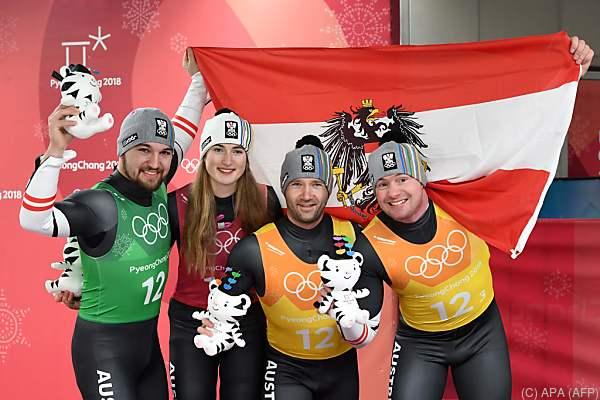 Österreichs Rodler holen in der olympischen Teamstaffel Bronze