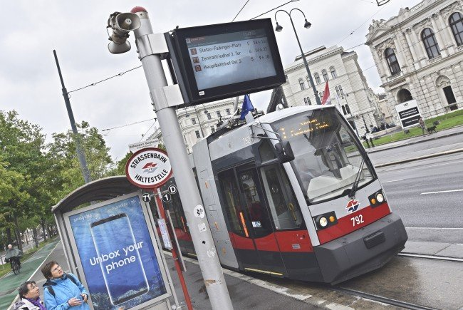 Zahlreiche Wiener Straßenbahnlinien sind von dem Gleisschaden am Ring betroffen.