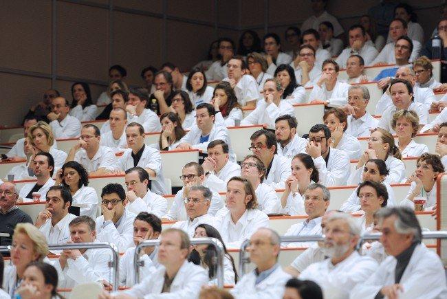 Die MedUni Wien und das Austria Center Vienna wollen mehr internationale Fachkongresse in Wien.