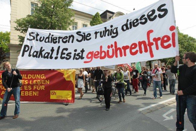 """Unter dem Motto """"Ja zur Bildung - Nein zu Studiengebühren"""" hat die SPÖ Burgenland eine Petition gestartet."""