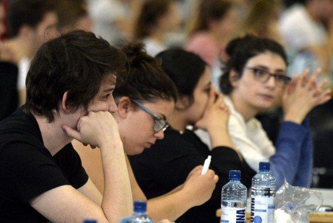Bald wird wieder der Aufnahmetest für die Medizinischen Universitäten durchgeführt.