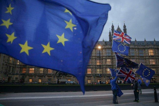 Barnier informiert über Brexit-Verhandlungsstand.