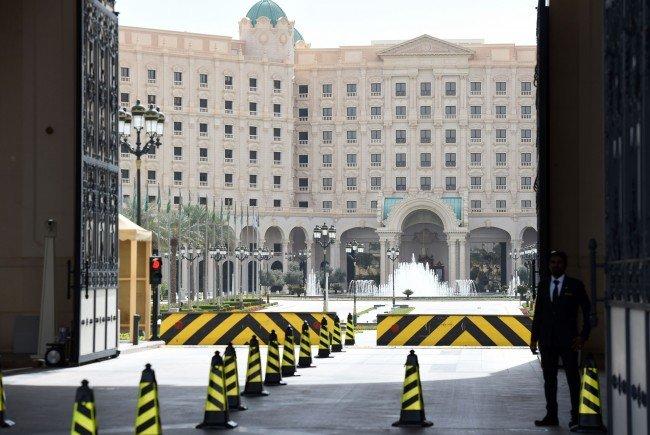 """Nach Zeit als """"Luxusgefängnis"""" – Ritz-Carlton in Riad wiedereröffnet"""