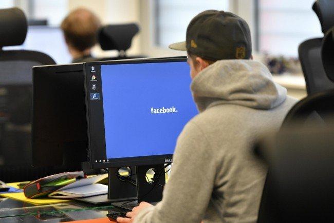 Kritiker werfen dem Unternehmen vor, seine Statistik künstlich aufpolieren zu wollen, indem User so lange genervt würden, bis sie sich wieder einloggen.