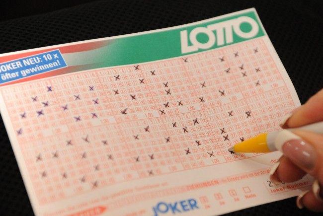 Ein Wiener kassiert nach seinem Lotto-Sechser 1,7 Millionen Euro.