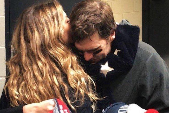 Gisele Bündchen tröstet ihren Ehemann Tom Brady nach der Super-Bowl-Pleite.