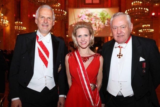 Der Juristenball mit v.l.n.r:Justizimister Josef Moser, Dr. Aurelia Frick, Justizministerin des Fürstentums Liechtenstein, Prof. Dr. Fritz Wennig, Präsident des Juristenverbandes.