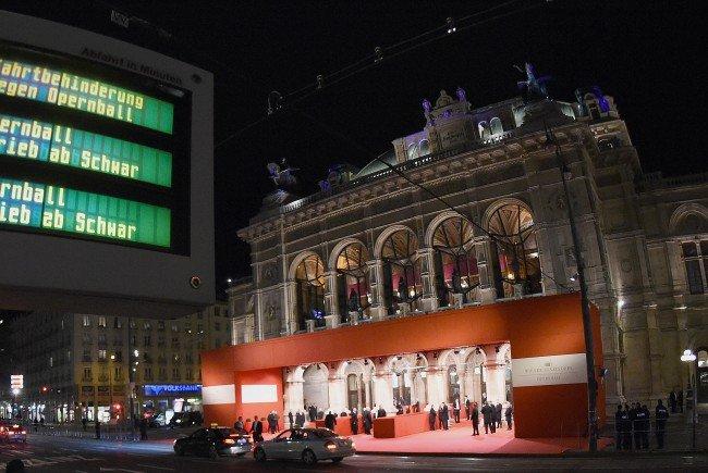 Alle Infos zur Ringsperre und den Öffi-Umleitungen am Opernballabend in Wien.