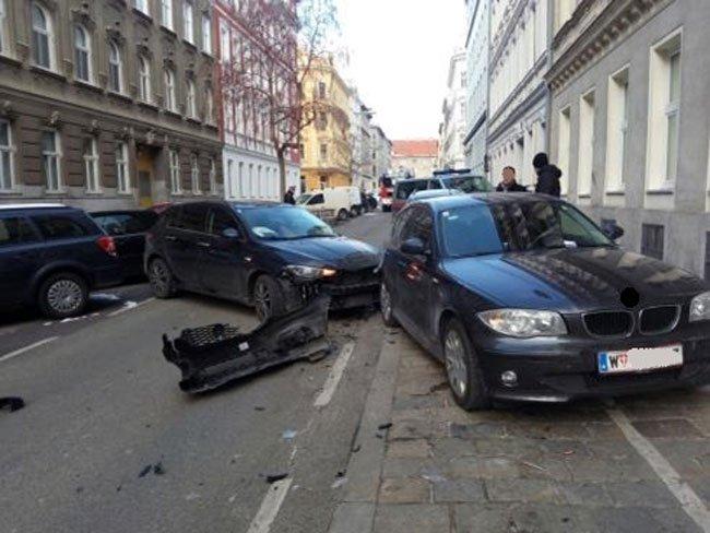Nach dem Autounfall in Wien-Hernals.