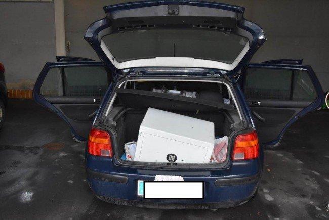 Mit einem Tresor im Kofferraum wurde die Bane in Wien-Leopoldstadt geschnappt.