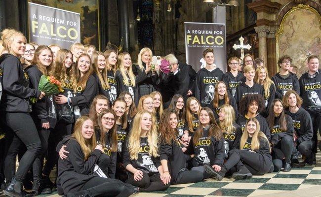 Zu Ehren Falcos wurde im Wiener Stephansdom ein Gottesdienst mit seinen Liedern gestaltet.