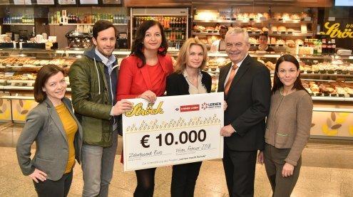 """Weihnachtsbim sammelte 10.000 Euro für """"Lernen macht Schule"""""""